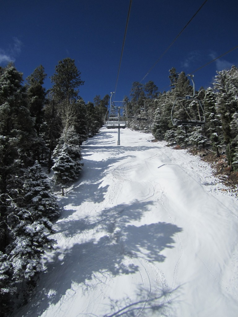 Snowboarding at Sipapu, NM
