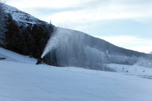 The snowmakers were going the last few days we were in Alaska to cover up some of the thin areas on the trails.